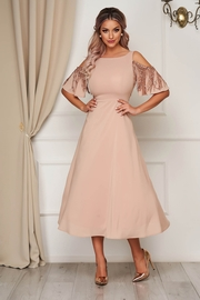 rochie eleganta de zi pentru nasa